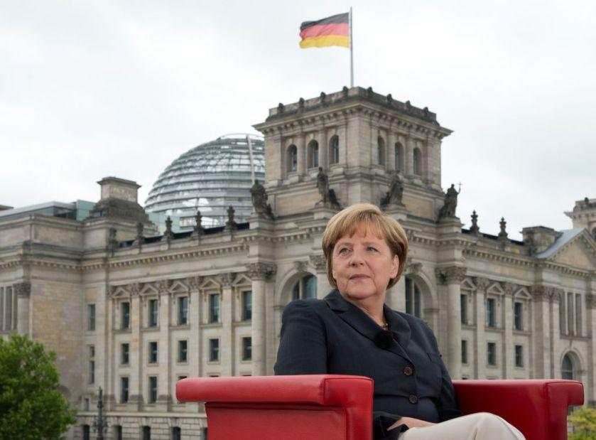 Social Democrats in Germany Demand More Social Europe from Merkel - SPIEGEL ONLINE